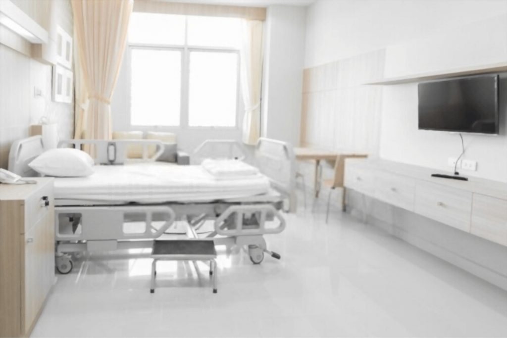 hospital_room_private_health_insurance_expats_thailand